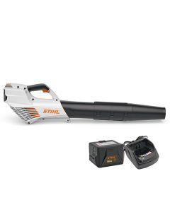 Motosuflanta STIHL BGA 56 Kit acumulator AK 20 şi încărcător AL 101 incluse